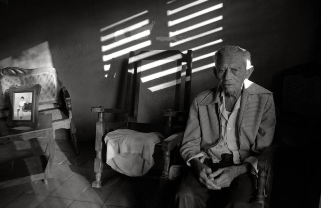 manzanillo-old-man