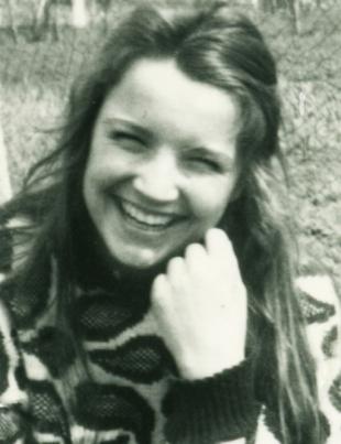 portret-natalia-in-87-alb-negru
